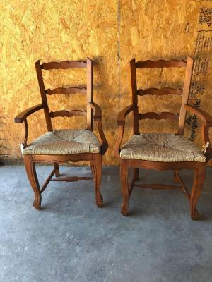 2 Dining Chairs With Arms