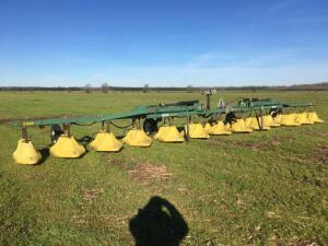 Red Ball 12 Row 40 Inch spacing Hooded Sprayer