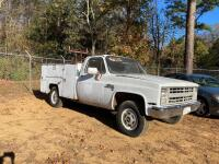 1986 Chevrolet C20 Pickup Truck - Does Not Run - 4
