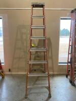 Louisville 8 foot Step Ladder - 4