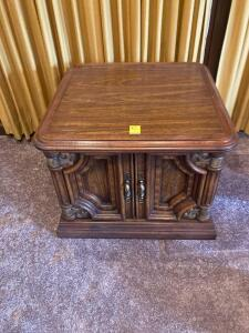 Square commode table
