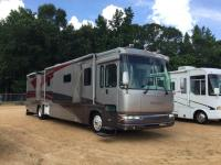 2003 Yellowstone Country Club RV. Good Condition, Recently Serviced, Road Ready! Title in Hand