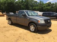 2008 Ford F-150, 271,537 Miles, 4.6L, V8, Cold AC, Truck DOES have damage to body and interior, Title in Hand