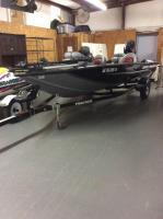 2014 Bass Tracker Pro 175 Team TXW Bass Boat